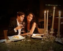 Elcseszett randik: a helyes pasi és a nagyibugyi találkozása