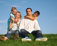 Mennyire befolyásol a családi példa?