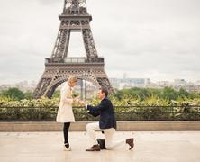 Lánykérés az Eiffel toronyban