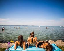 Strand-, sör- és halfesztivál a nyár szerelmeseinek