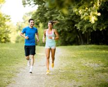 Áprilisi programkavalkád a sport és gasztronómia kedvelőinek