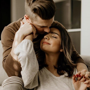 Mennyi őszinteséget bír el egy kapcsolat?