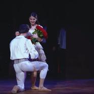 Rendhagyó lánykérés az Erkel Színházban