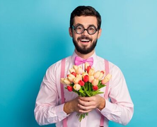 Miért válnak bénává a férfiak csinos nők társaságában?