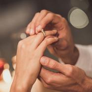 Meglepetés lánykérés esküvőn