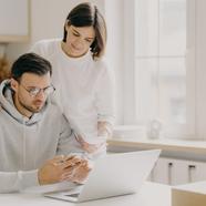 Hogyan tudják a dolgozó párok leginkább támogatni egymást?